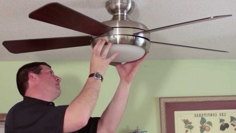 How to Install a Harbor Breeze Ceiling Fan